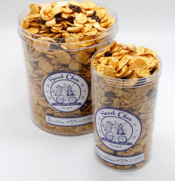 Sweetchew Caramel Cornflakes box open 1